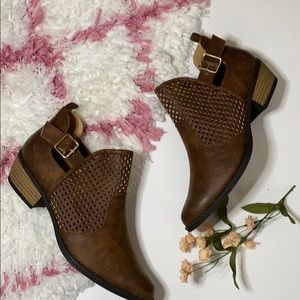NWOB QUPID ANKLE BOOTIES